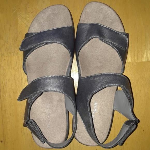 Easy Spirit Shoes - Easy Spirit sandals